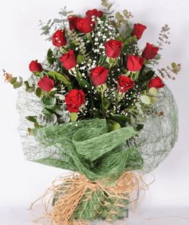 Kız arkadaşa alınabilecek çiçek örneği